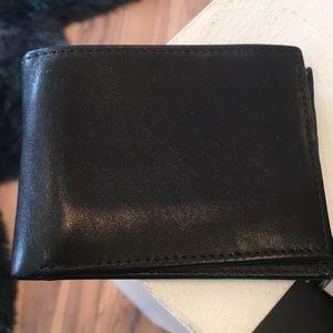 Bloomingdales 100% Black Leather Wallet. NWOTS